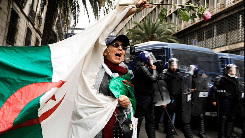 Algeria's Bouteflika faces mass demands to quit