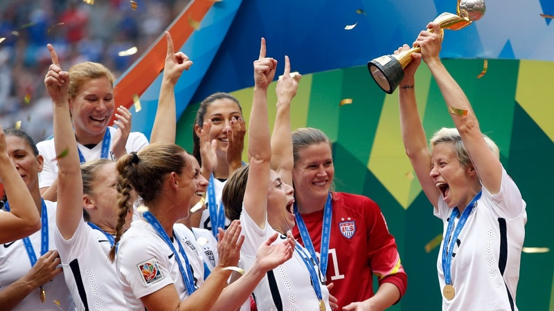 U.S. women's soccer team sues for discrimination