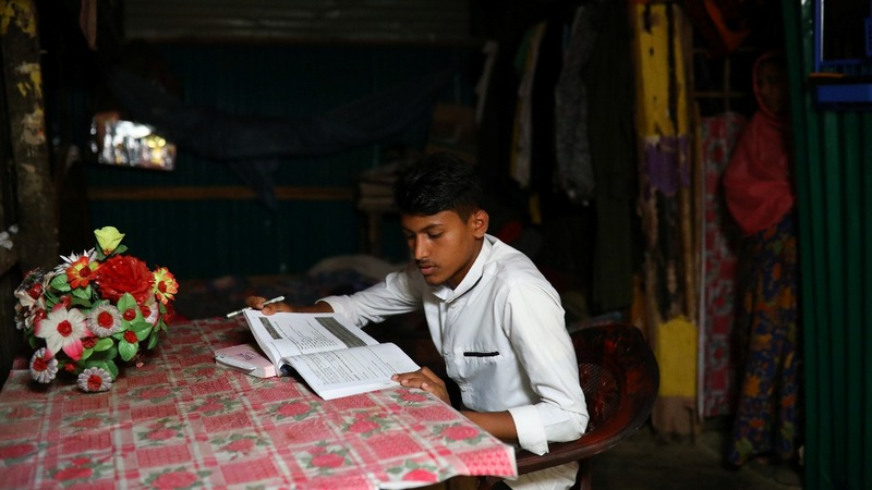 Rohingya 'lost generation' fight for education