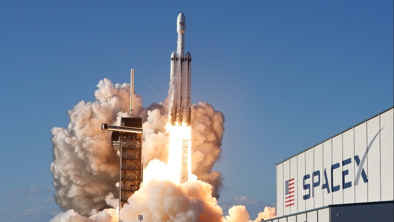 SpaceX's Falcon Heavy launches first paid mission