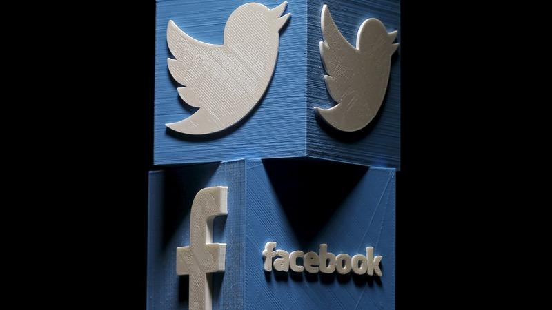 U.S. bill tackles social media 'dark patterns'