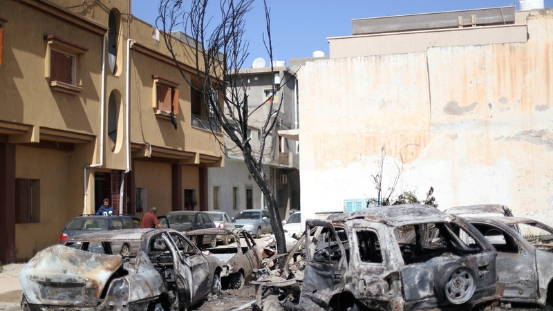Shells hit Tripoli as Haftar's two-week siege rages