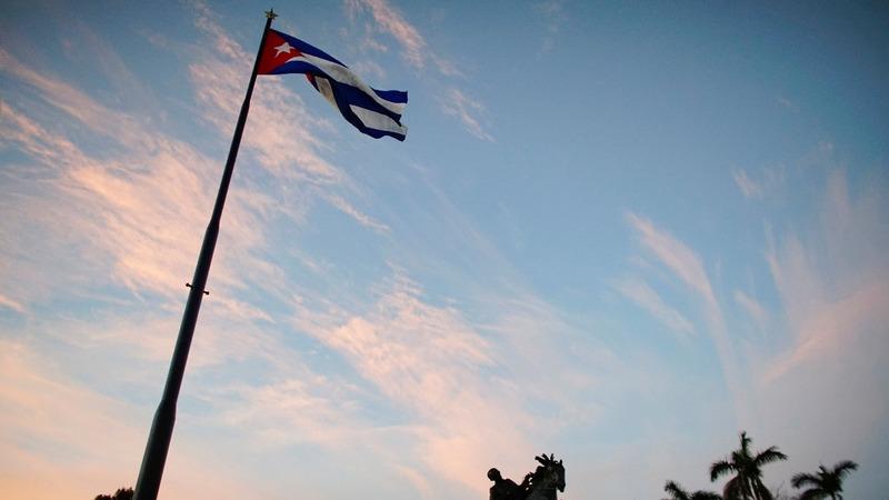 U.S. lifts ban on Cuba lawsuits in break with EU