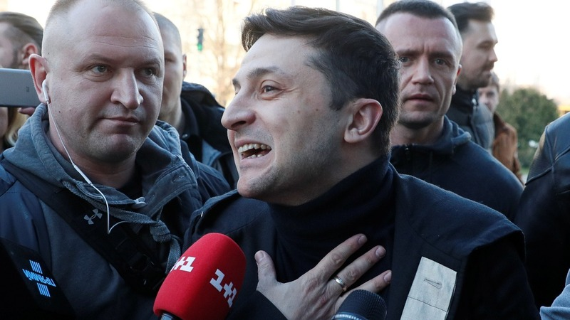 Ukraine set to elect comedian as next president