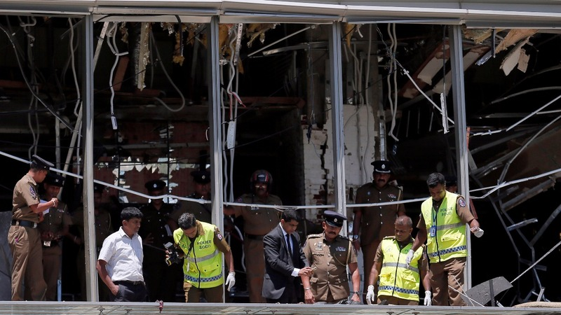 Death toll rises after Easter blasts in Sri Lanka