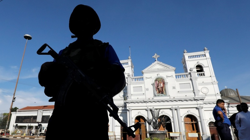 Arrests after Sri Lanka death toll rises to 290