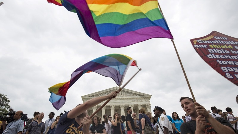 U.S. top court takes on LGBT discrimination in workplace