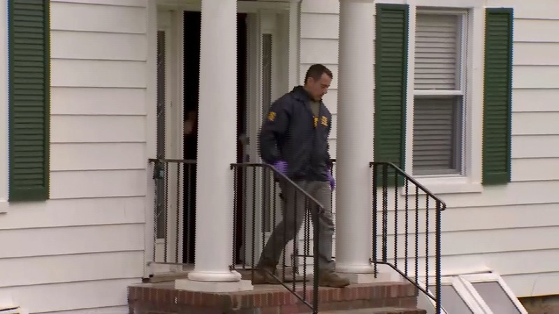 FBI and IRS raid Baltimore mayor's home, city hall