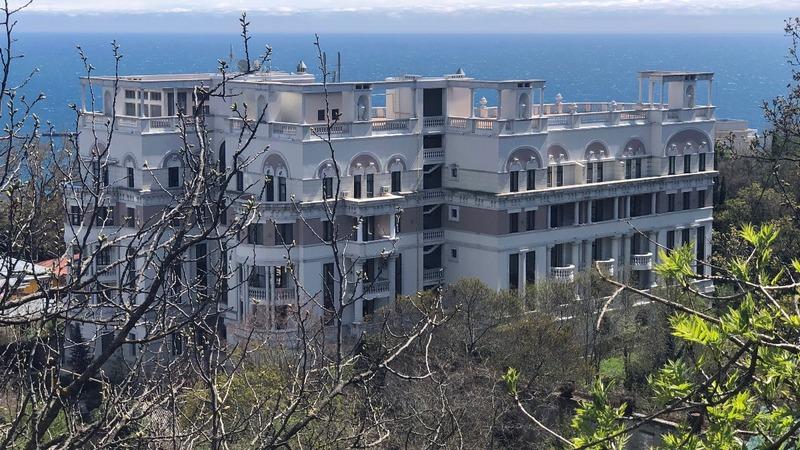 Could a penthouse undermine Ukraine's Zelenskiy?