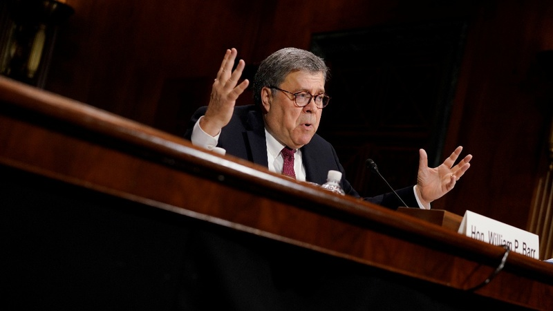 Barr defends clearing Trump on obstruction