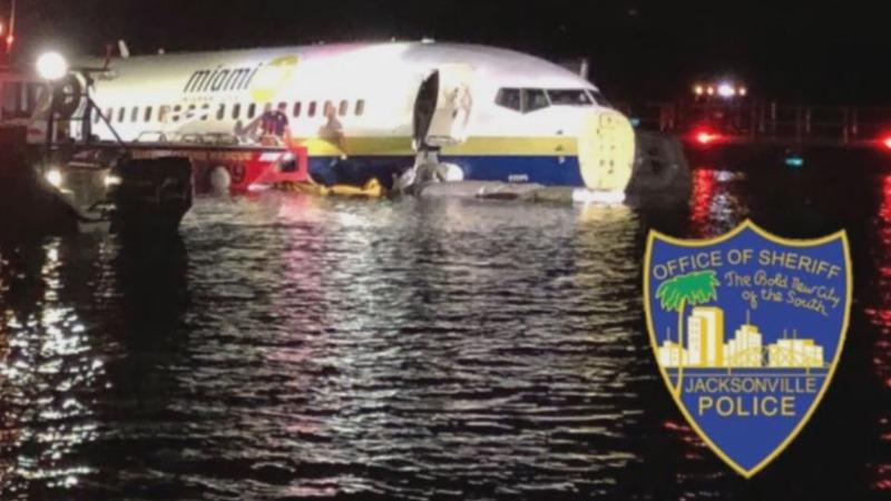 Probe begins after Boeing 737 slides off Florida runway