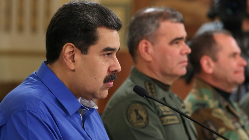 U.S. offers sanctions relief for anti-Maduro generals