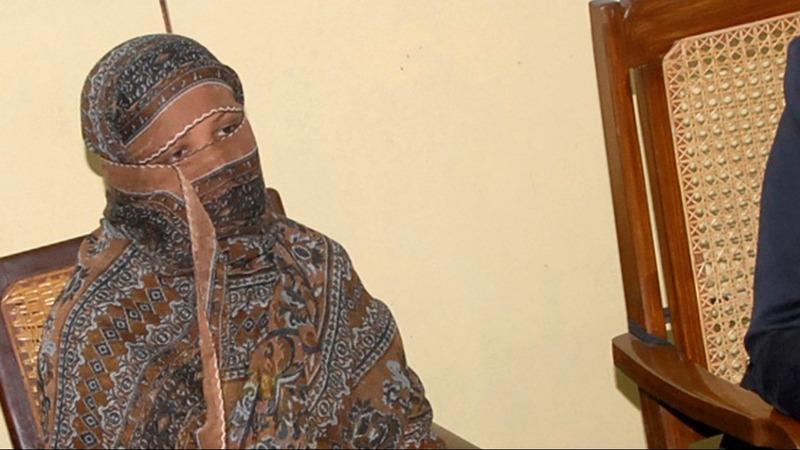 Pakistani Christian Asia Bibi leaves 'for Canada'