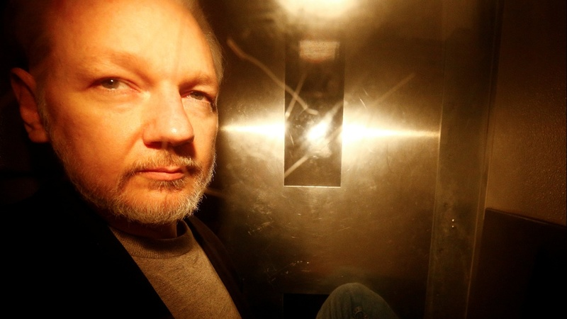 Swedish prosecutor reopens Assange rape case
