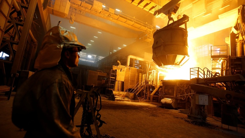 U.S. strikes tariffs deal with Canada, Mexico