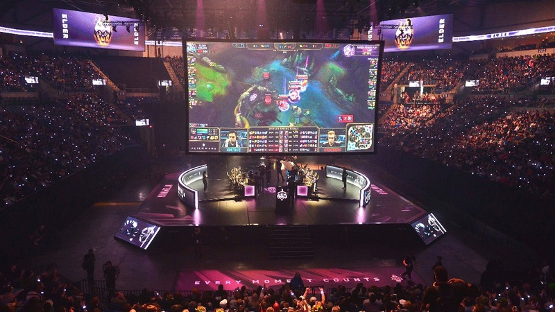 'League of Legends' coming to mobile: sources