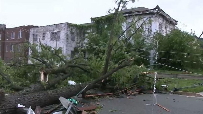 Three killed as tornadoes rip through Missouri