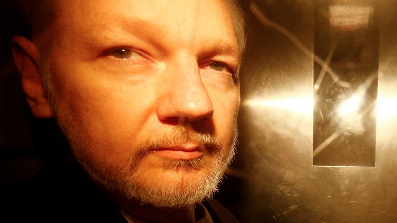 U.S. charges Julian Assange with espionage