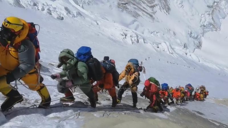 American climber dies descending Everest