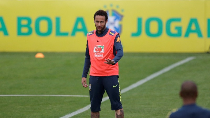 Soccer star Neymar denies rape allegations