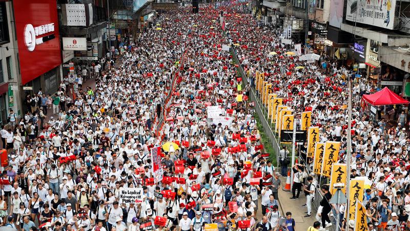 China extradition sparks mass Hong Kong protests