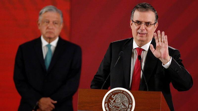 Mexico to curtail migrants, but won't give target