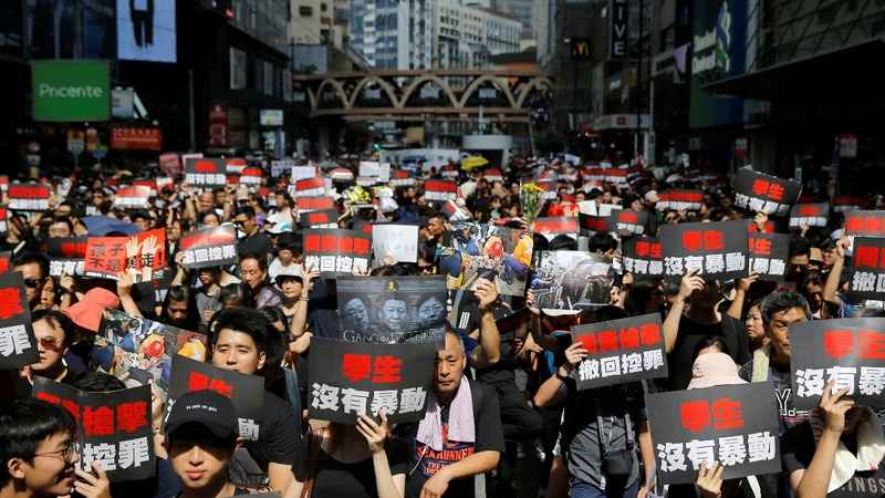 Hong Kong protesters demand leader step down