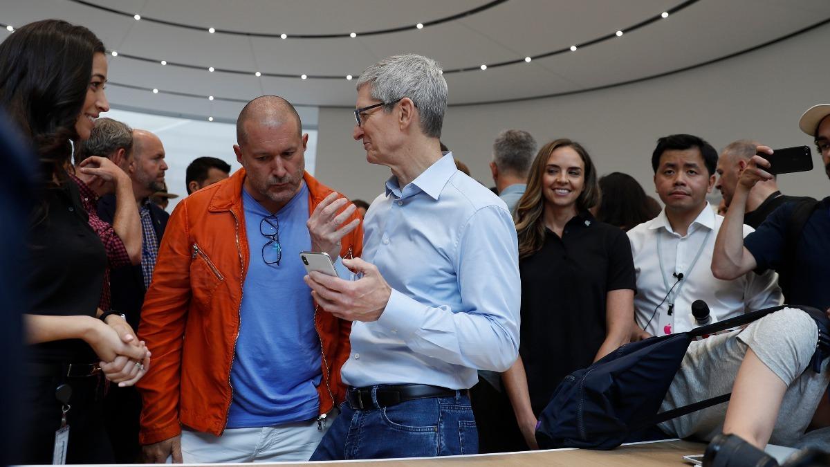 iPhone designer Jony Ive is leaving Apple - Reuters TV