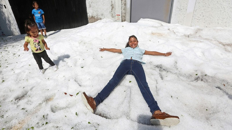 Nearly five feet of hail blankets Guadalajara