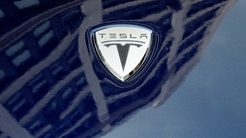 Tesla Model 3 deliveries zoom past expectations