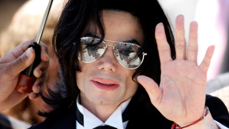 Michael Jackson's alleged abuse victims sued