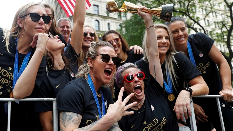 U.S. women's soccer team feted with NYC parade