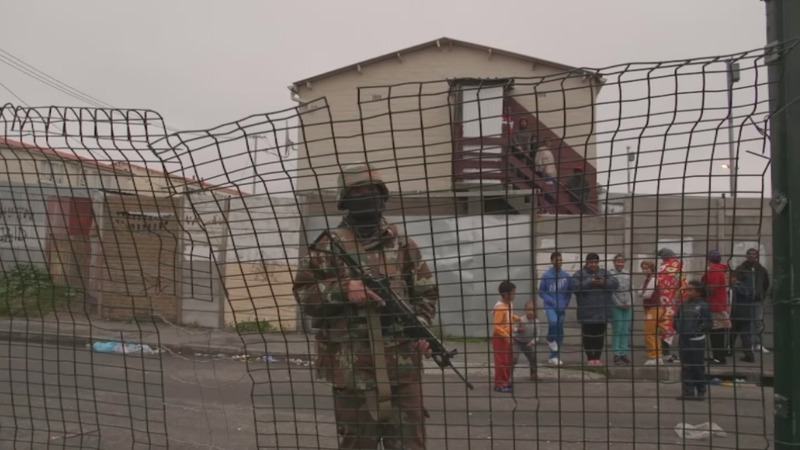 Soldiers deployed in Cape Town to tackle gangs