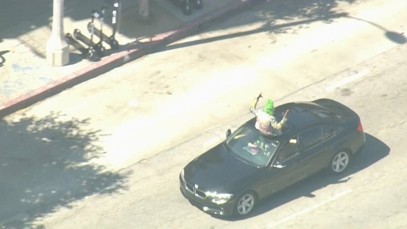 Venice Beach car chase takes bizarre turn