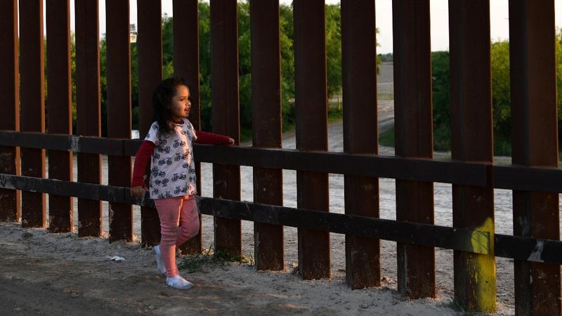 U.S. judge blocks Trump's latest asylum ban