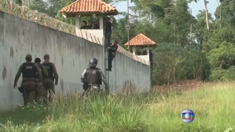 Inmates beheaded in Brazil prison gang bloodbath
