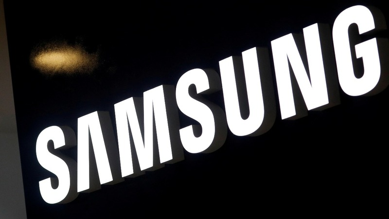 Samsung profits tumble as phone sales slow