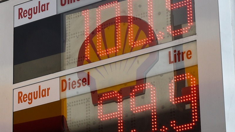 Shell profit slumps to 30-month low