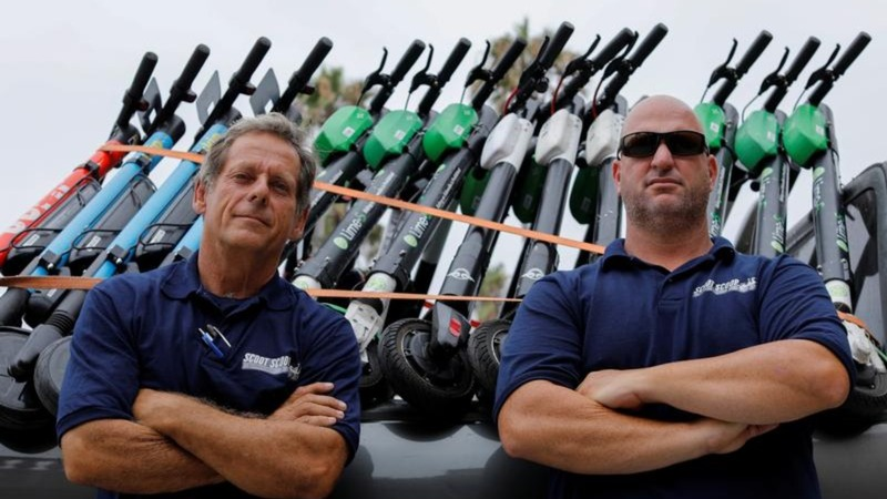 San Diego duo takes on the scooter companies