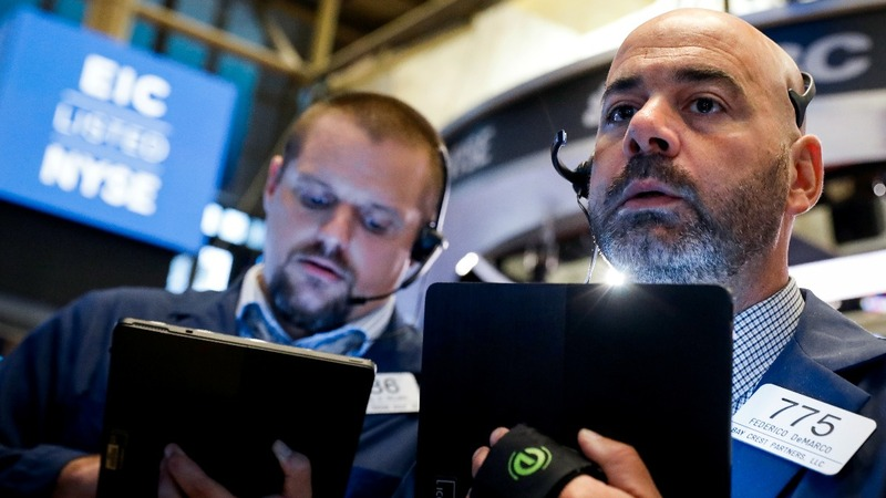 Stocks bounce back but recession, trade fears remain