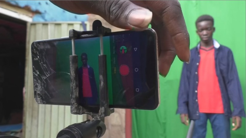 Nigerian teens create sci-fi with smartphones