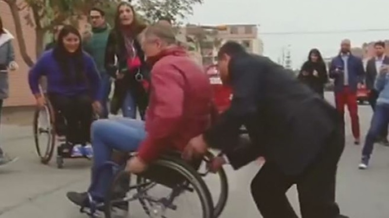 Lima mayor accepts 'wheelchair challenge'