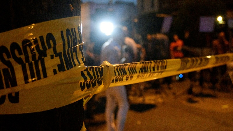 Philadelphia shootout ends with 6 police wounded