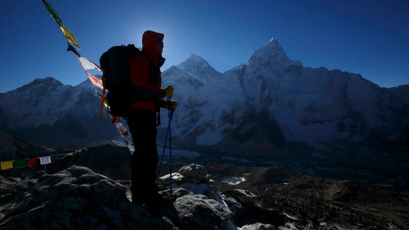 Would compulsory training stop Everest deaths?