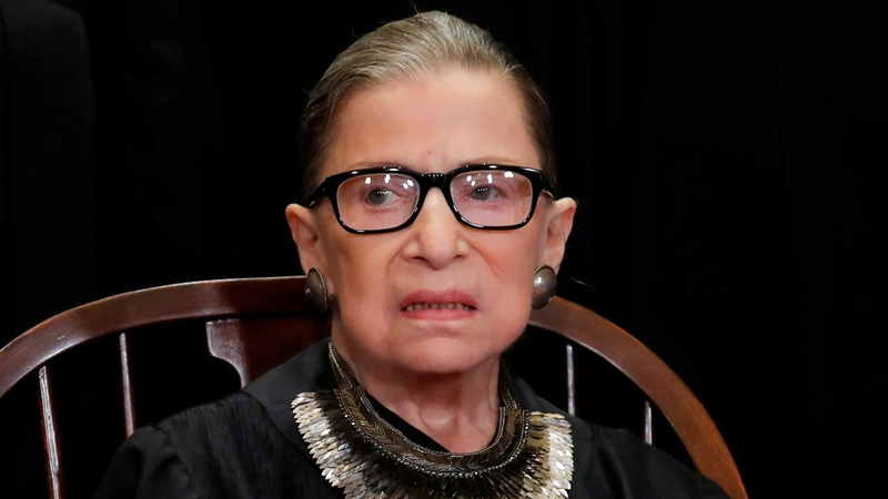 Ginsburg makes appearance after cancer treatment