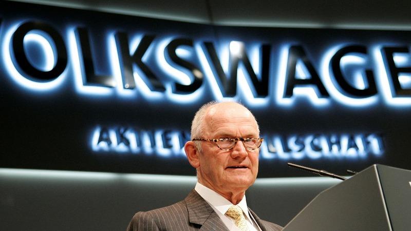 Legendary VW boss Piech dies aged 82