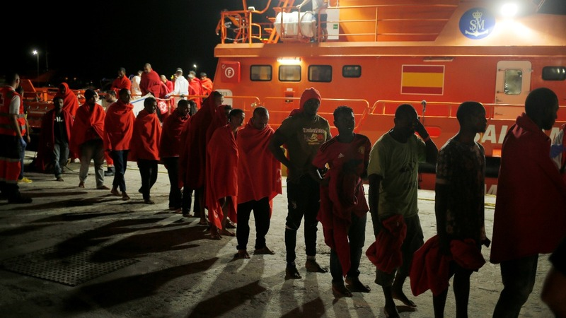 208 migrants are rescued in the Mediterranean