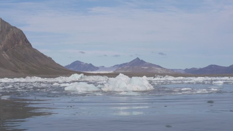 Climate change melts world's northernmost town