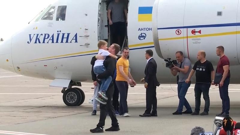 Russia, Ukraine swap prisoners as relations thaw