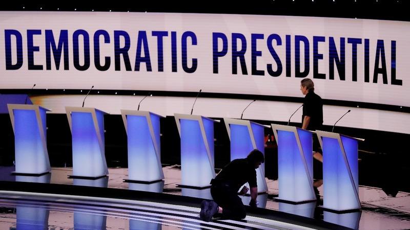 Democratic debate sets up Biden-Warren face-off